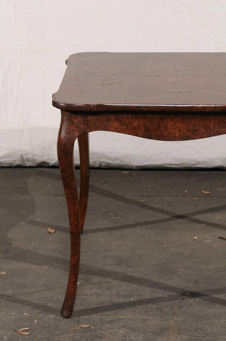 19th Century Turn of the Century Continental Burl Wood Card Table In Good Condition For Sale In Atlanta, GA