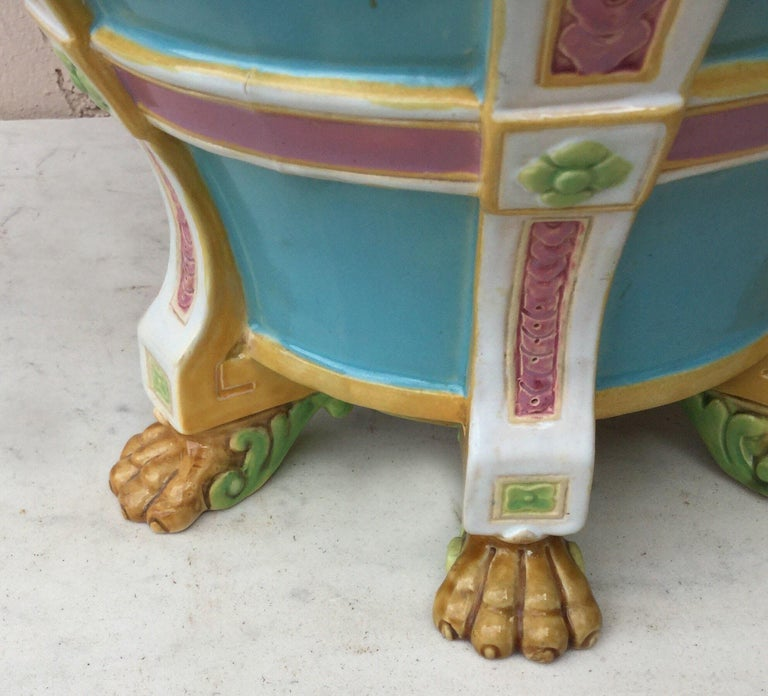 19th Century Turquoise Minton Majolica Lions Jardiniere In Good Condition For Sale In The Hills, TX