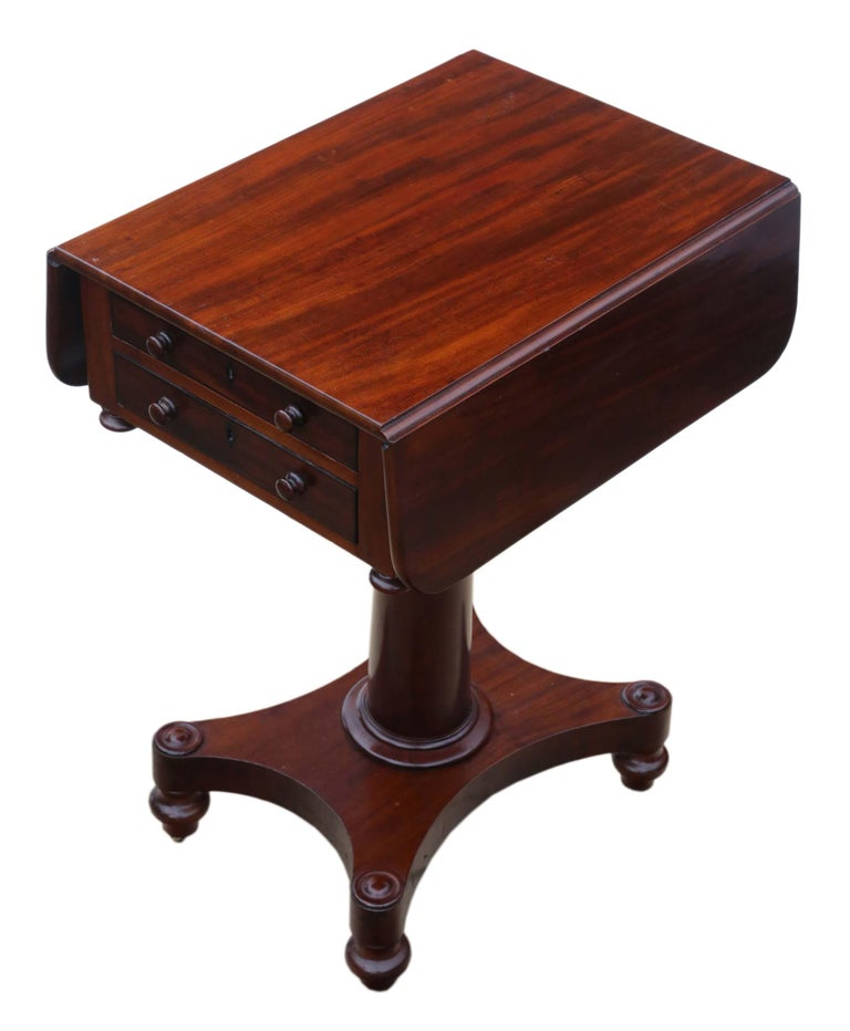 19th Century Two-Drawer Mahogany Drop Leaf Work Table For Sale 2