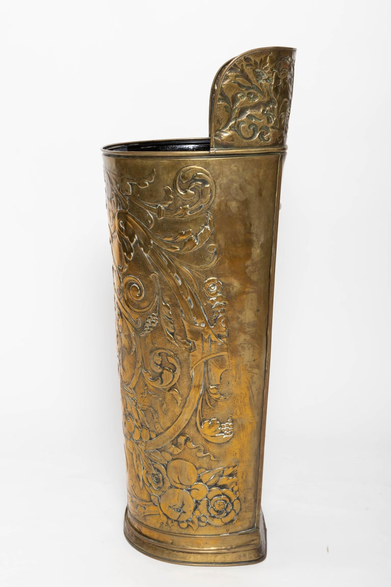 19th Century Umbrella Stand In Good Condition For Sale In East Hampton, NY