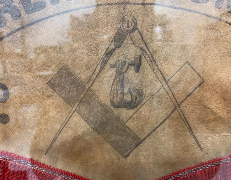 American 19th Century US Mason's Apron in Leather For Sale