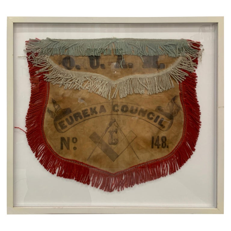 19th Century US Mason's Apron in Leather For Sale