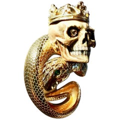 19th Century Vanitas Memento Mori Skull on Diamond Gold Oversize Ring