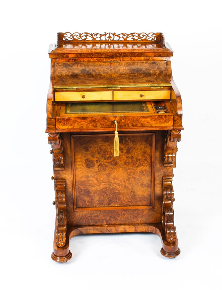 19th Century Victorian Burr Walnut Pop Up Davenport Desk For Sale 1