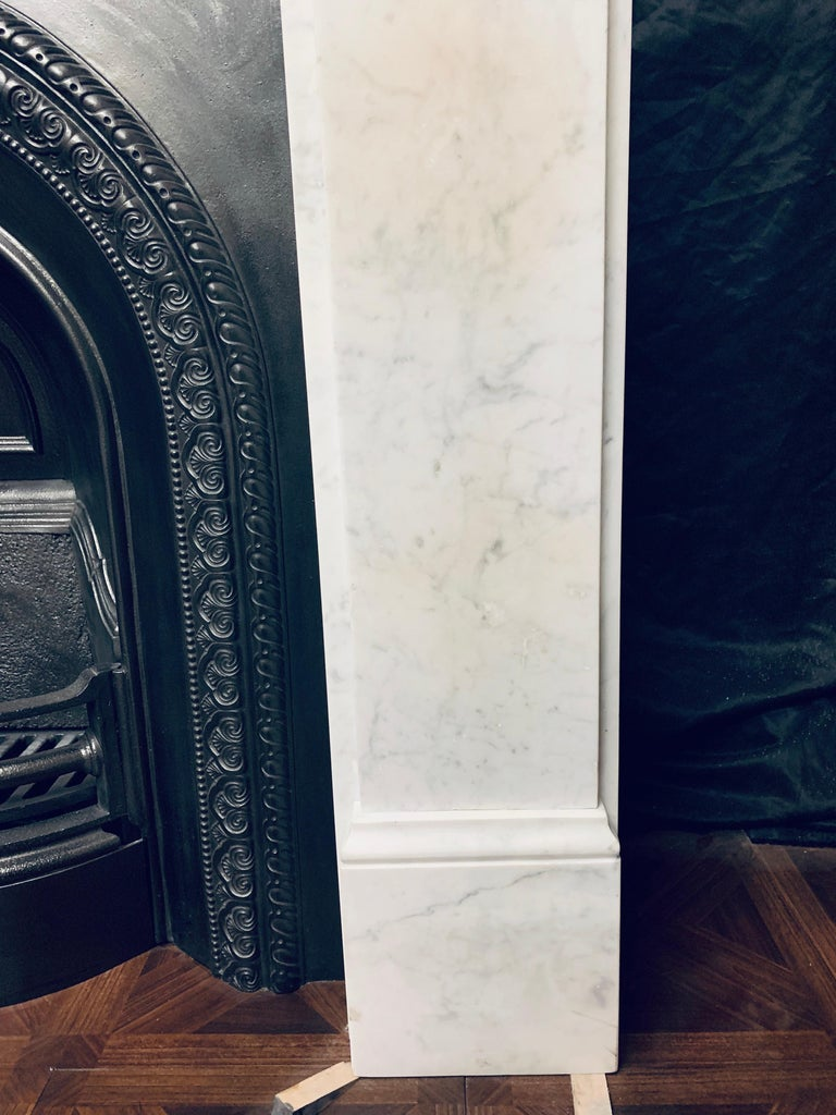 19th Century Victorian  Carrara Marble Fireplace Surround For Sale 1
