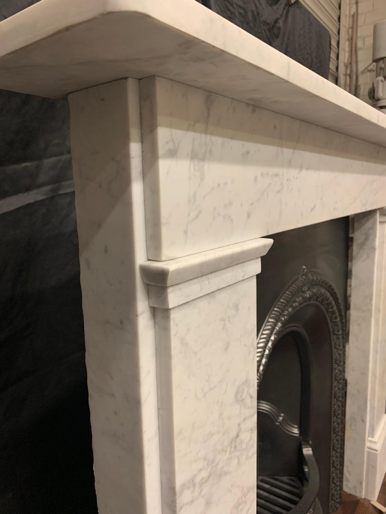 19th Century Victorian  Carrara Marble Fireplace Surround For Sale 2