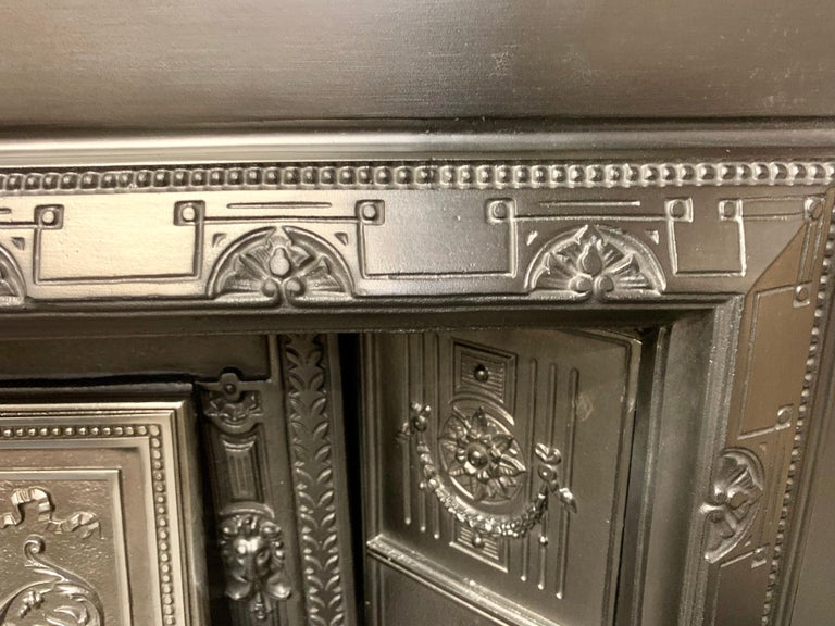 19th Century Victorian Cast Iron Fireplace Insert For Sale 4