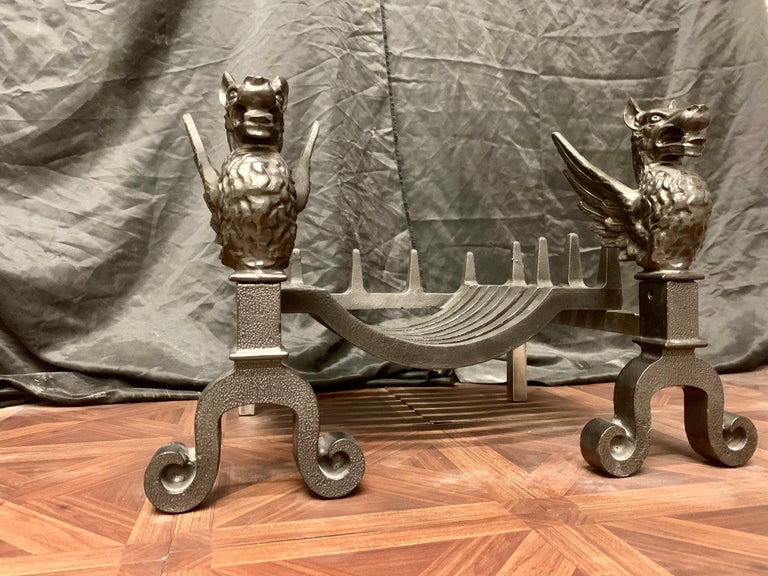 English 19th Century Victorian Cast Iron Griffin Fire Grate For Sale