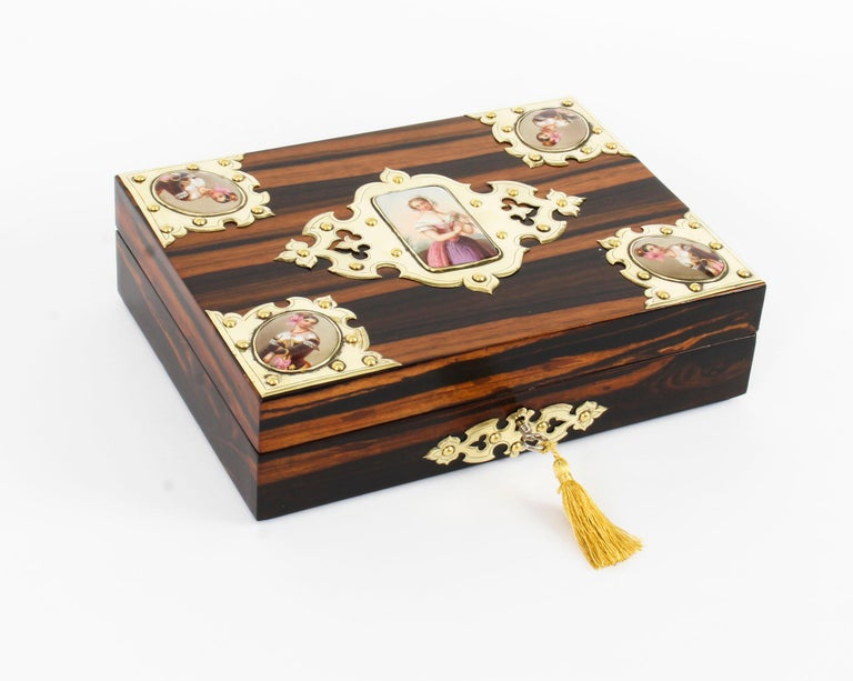 19th Century Victorian Coromandel and KPM Porcelain Jewelry Casket For Sale 9