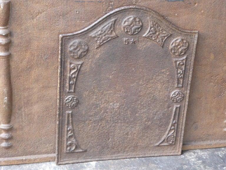 Iron 19th Century Victorian 'Decoration' Fireback For Sale