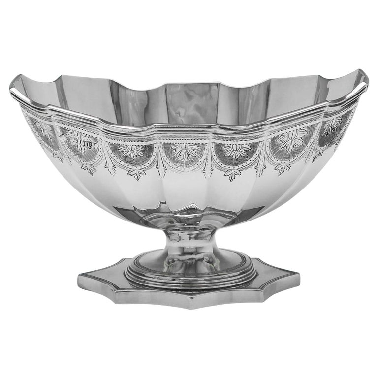 19th Century Victorian Engraved Sterling Silver Bowl by Savoury & Sons For Sale