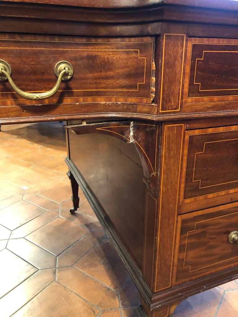 19th Century Victorian Mahogany Center Desk, 1890s For Sale 2