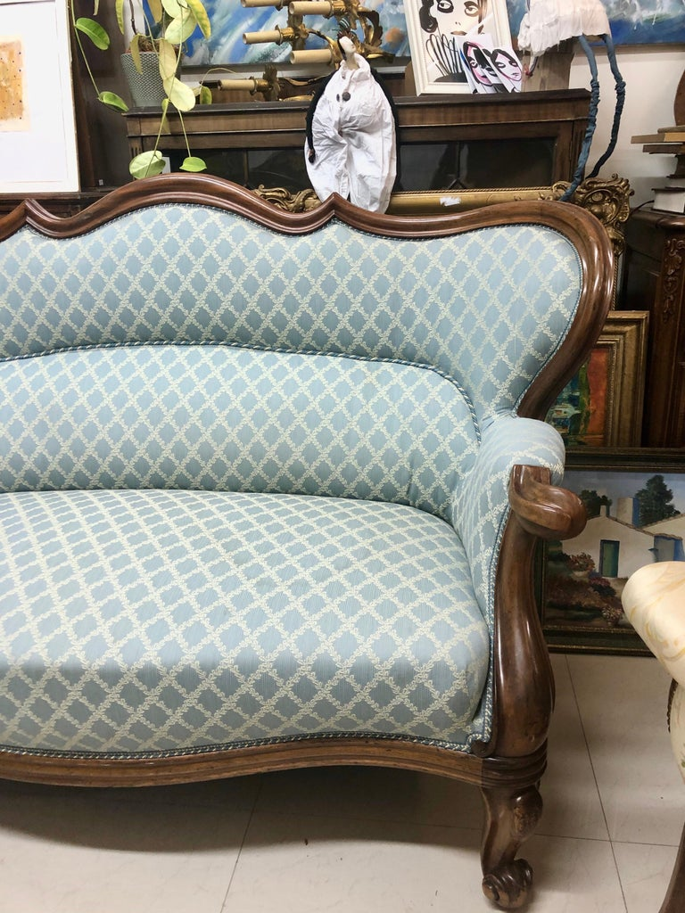 English 19th Century Victorian Mahogany Two-Seat Sofa with Light Blue Fabric, England For Sale