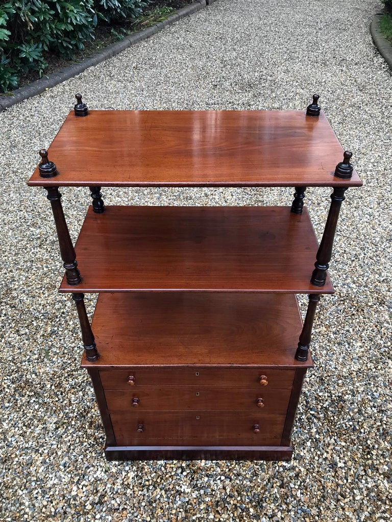 19th Century Victorian Mahogany Whatnot In Good Condition For Sale In Richmond, London, Surrey
