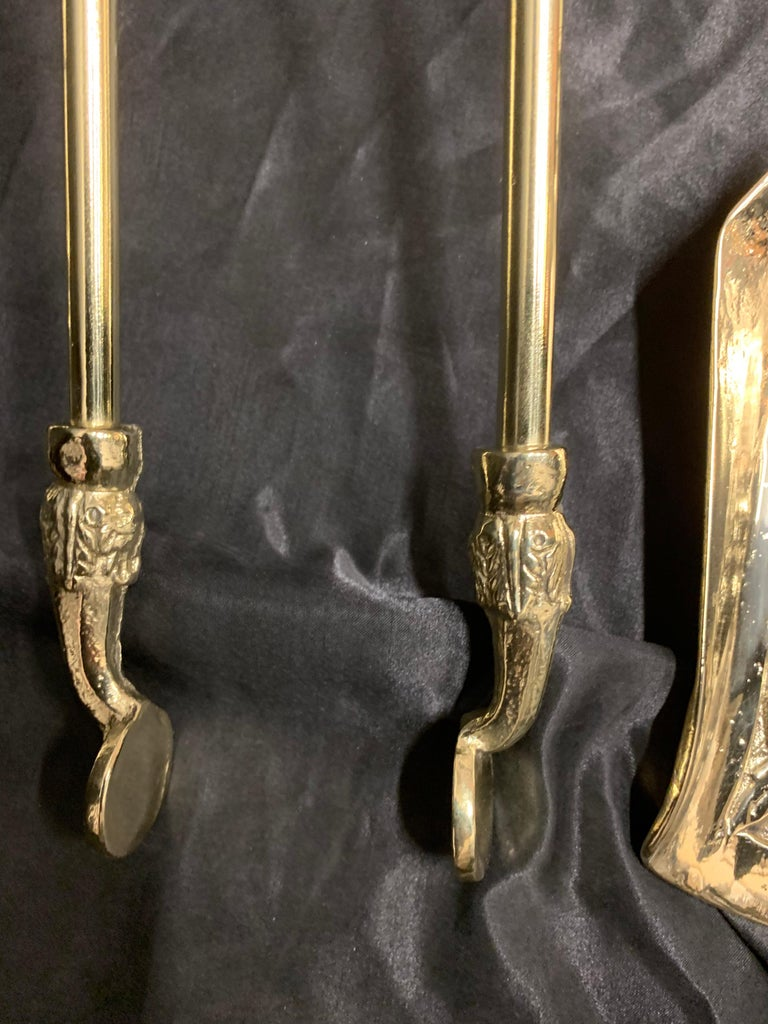 English 19th Century Victorian Polished Brass Fire Tools For Sale