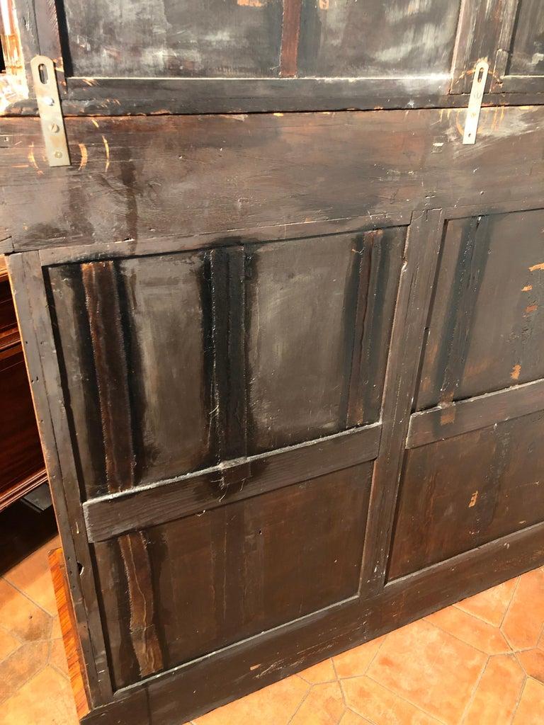 19th Century Victorian Walnut England Bookcase Vitrines,1860s For Sale 7