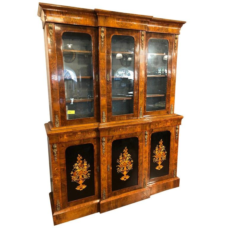 19th Century Victorian Walnut England Bookcase Vitrines,1860s For Sale