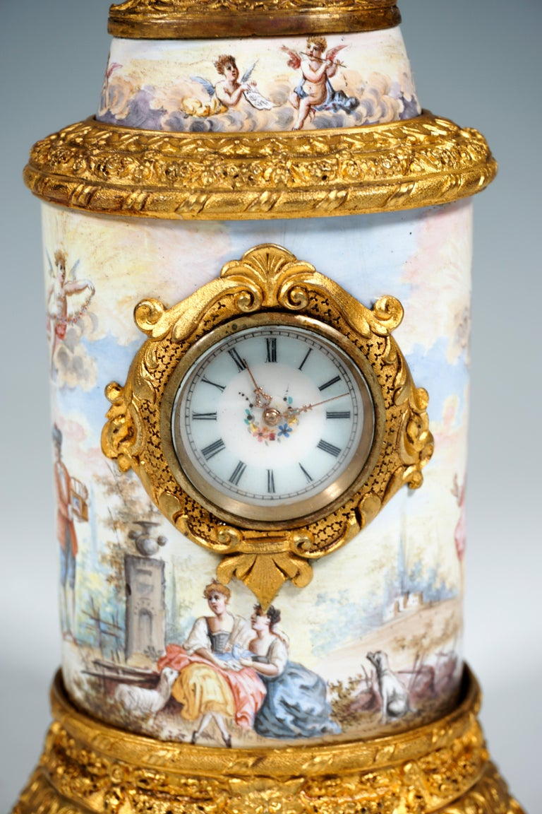 19th Century Viennese Enamel Table Clock with Fire-Gilding and Watteau Painting In Good Condition For Sale In Vienna, AT