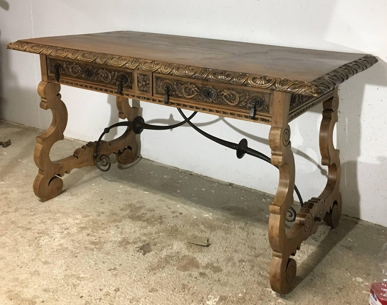 Hand-Carved 19th Century Walnut and Wrought Iron Desk with Two Drawers and Lyre Legs For Sale