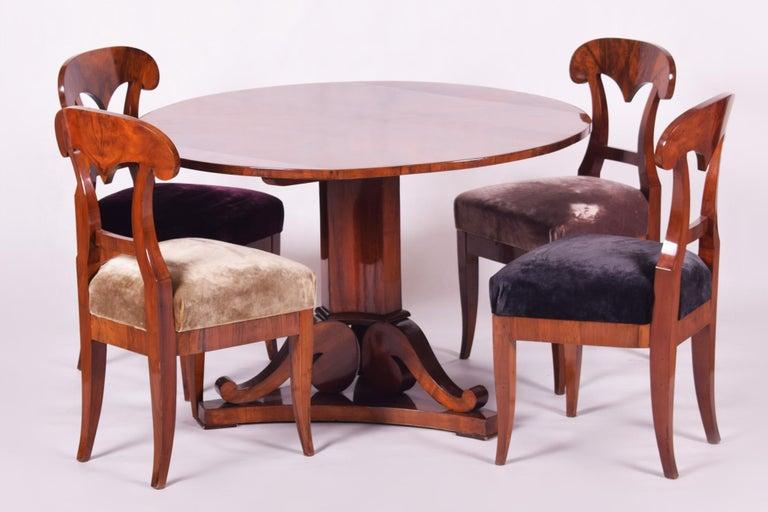 19th Century Walnut Austrian Biedermeier Chairs, 4 Pieces, 1830s, New Upholstery For Sale 3