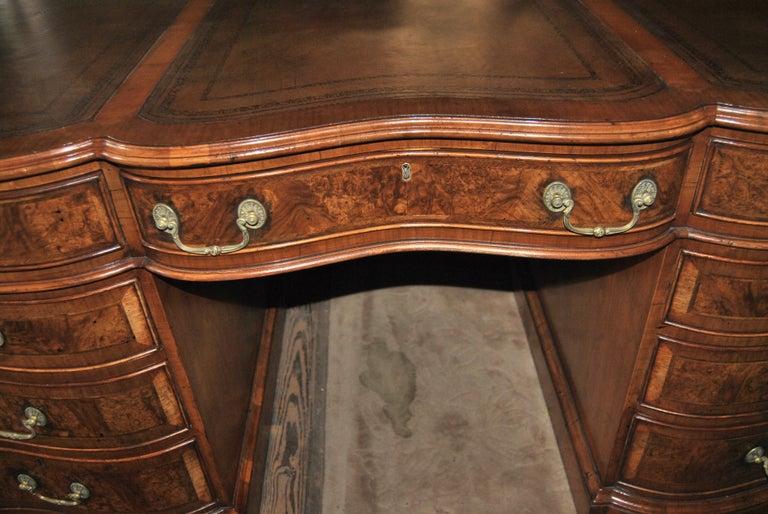 19th Century Walnut Partners Desk In Good Condition For Sale In Savannah, GA