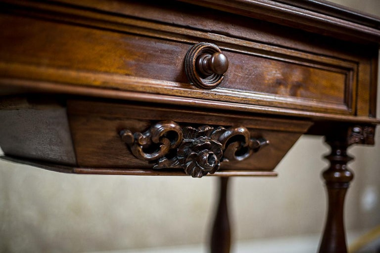 19th Century Walnut Sewing Table or Card Table For Sale 10
