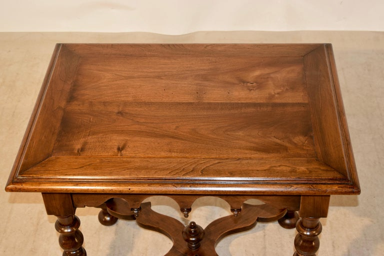 19th Century Walnut Side Table For Sale 1