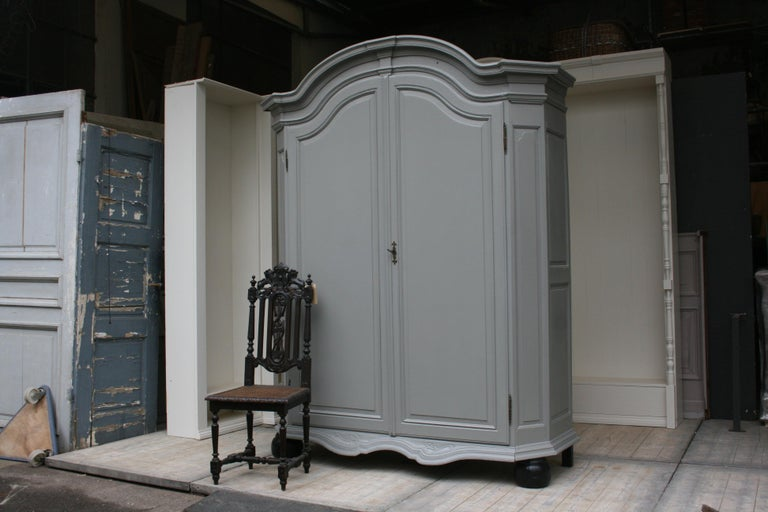 Impressive large wardrobe or cupboard from circa 1860 made of oak.