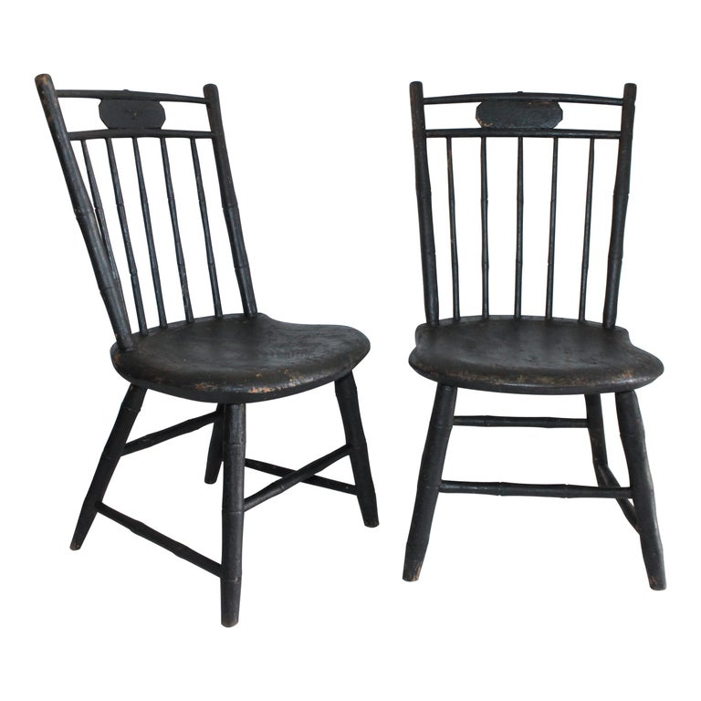 19th Century Windsor Children's Chairs in Black Painted Surface, Pair For Sale