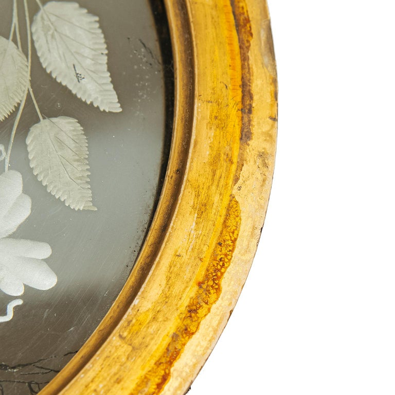19th Century Witches Mirror in Giltwood Frame, England In Good Condition For Sale In Toronto, ON