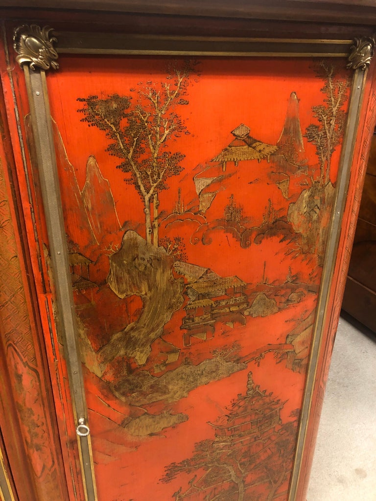 Mid-19th Century 19th Century Wood Painted Gold Napoleon III Chinoiserie with Marble, 1860s For Sale