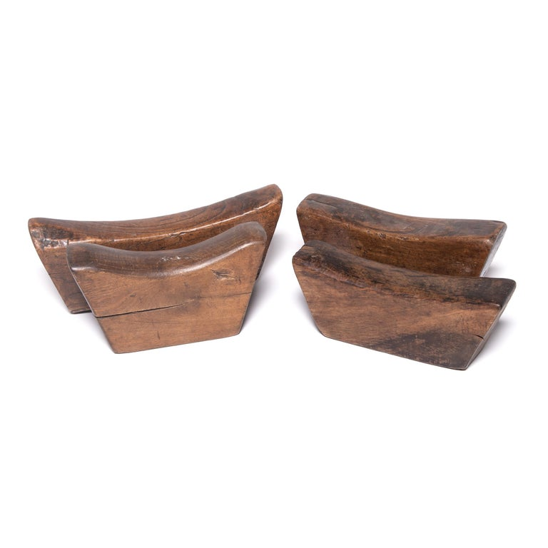 19th Century Wooden Chinese Headrest For Sale 1