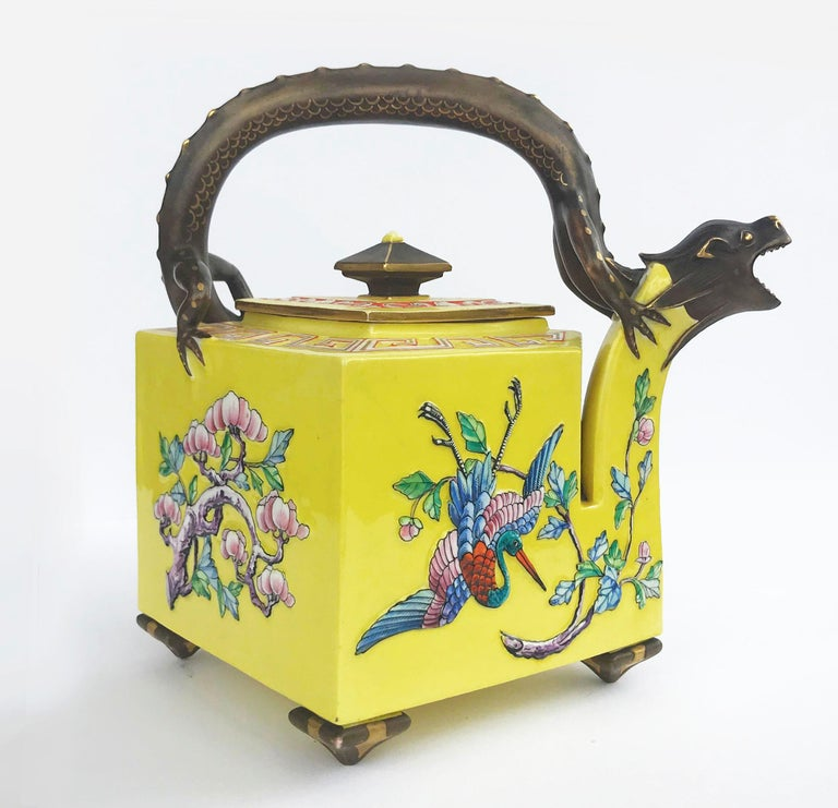 English 19th Century Worcester Royal Porcelain Works Aesthetic Movement Teapot For Sale