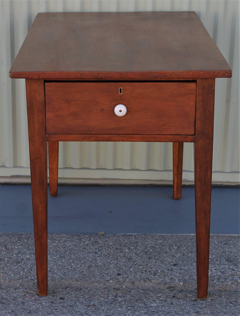 American 19th Century Work Table with Original Red Painted Wash For Sale