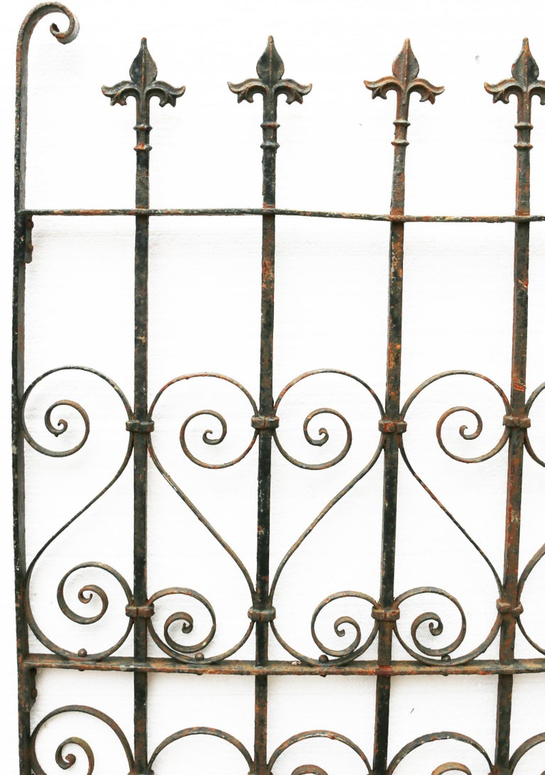 English 19th Century Wrought Iron Pedestrian Gate For Sale