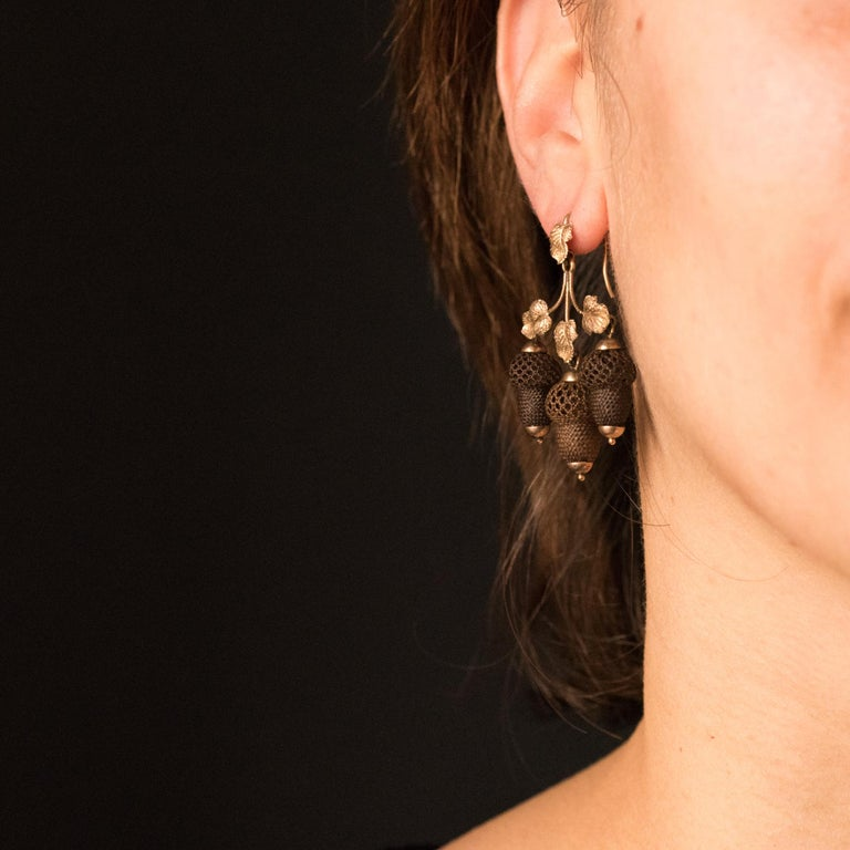 Women's 19th Century Yellow Gold Hair Leaves Glans Drop Earrings For Sale