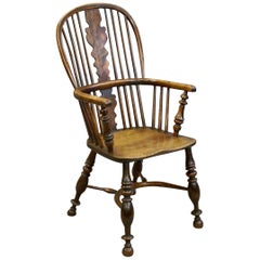 19th Century Yew Wood and Elm Windsor Chair with Crinoline Stretcher, circa 1830