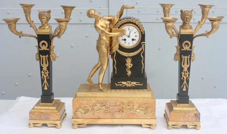 19th French Empire Ormolu and Patinated Bronze Three-Piece Clock Garniture In Good Condition In Saint-Ouen, FR