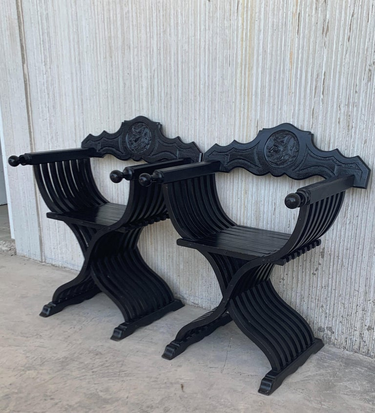 19th Century Pair of Carved Walnut Folding Scissors Savonarola Bench or Settle For Sale 2