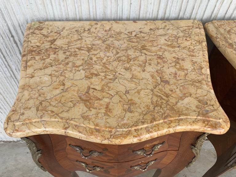 19th Pair of French Marquetry Nightstands with Roses and Marble Tops For Sale 6