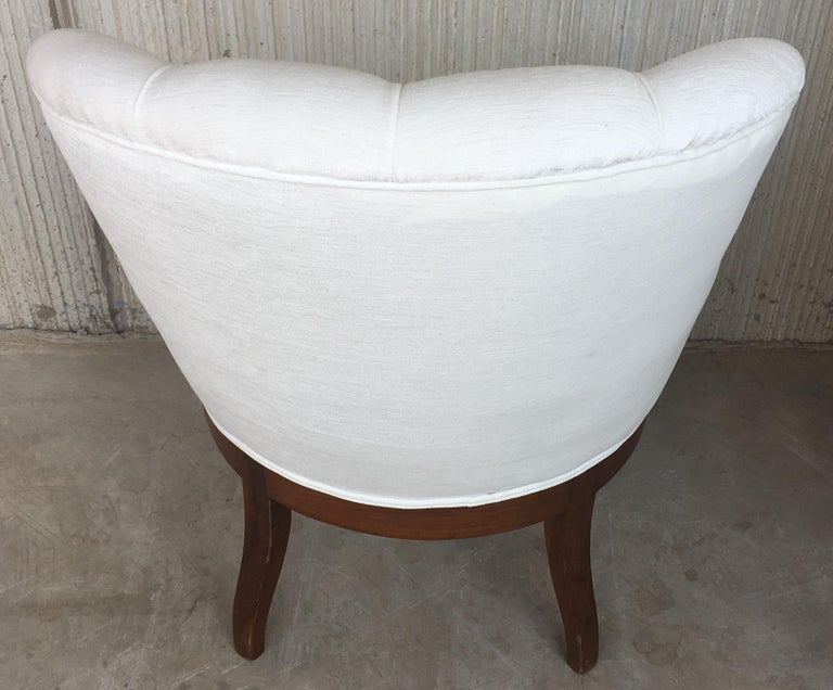 19th Pair of Louis XV Bergère Armchairs in White Velvet For Sale 5