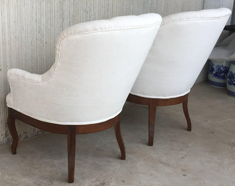 19th Pair of Louis XV Bergère Armchairs in White Velvet For Sale 1