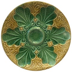 19th Century Yellow and Green Majolica Oyster Plate
