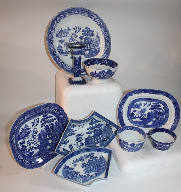American 19th-20th Century Blue Willow Collection, 9 Pcs For Sale