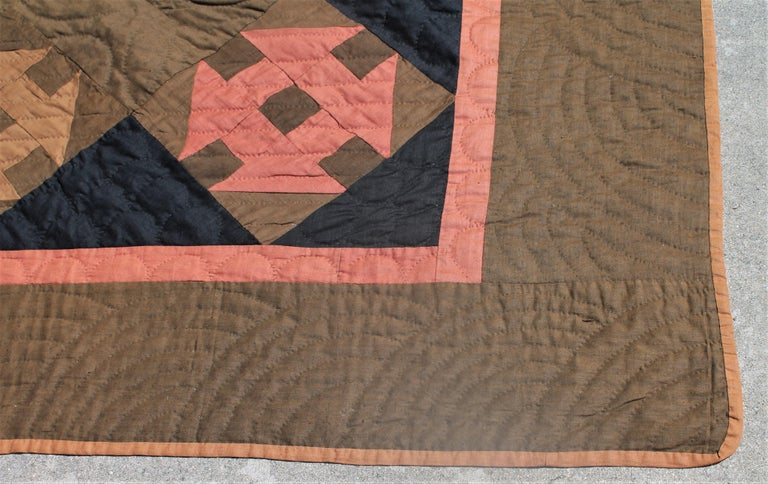 Cotton 19th Century Amish Hole in the Barn Door Quilt, Dated 1890 For Sale
