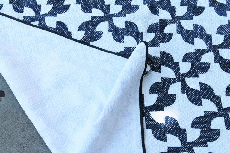 Hand-Crafted 19th Century Antique Quilt in Indigo Blue and White For Sale