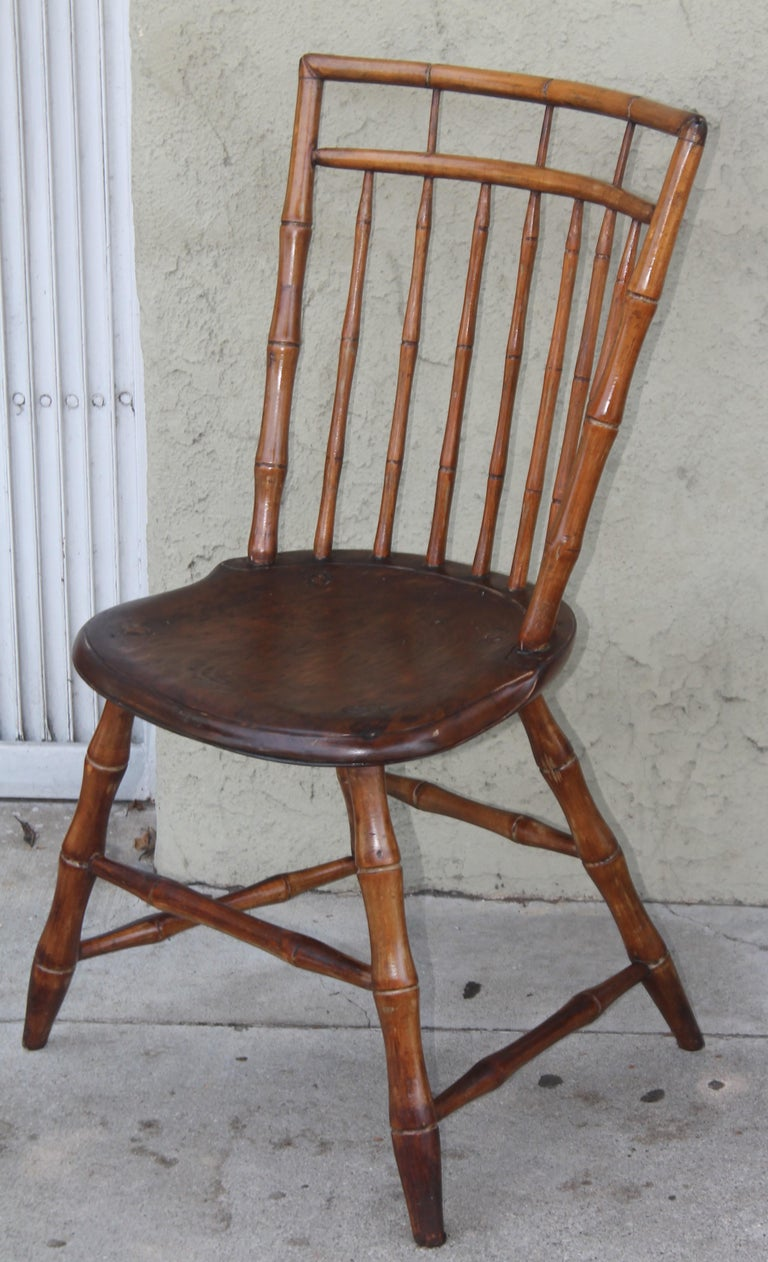 19th Century Bird Cage Windsor Chairs from Pennsylvania -4 In Good Condition For Sale In Los Angeles, CA