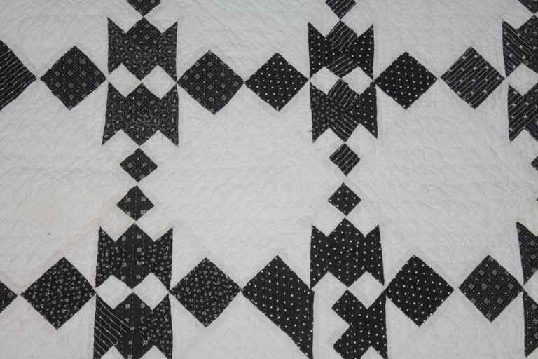 19th Century Black and White Geometric Quilt For Sale 2