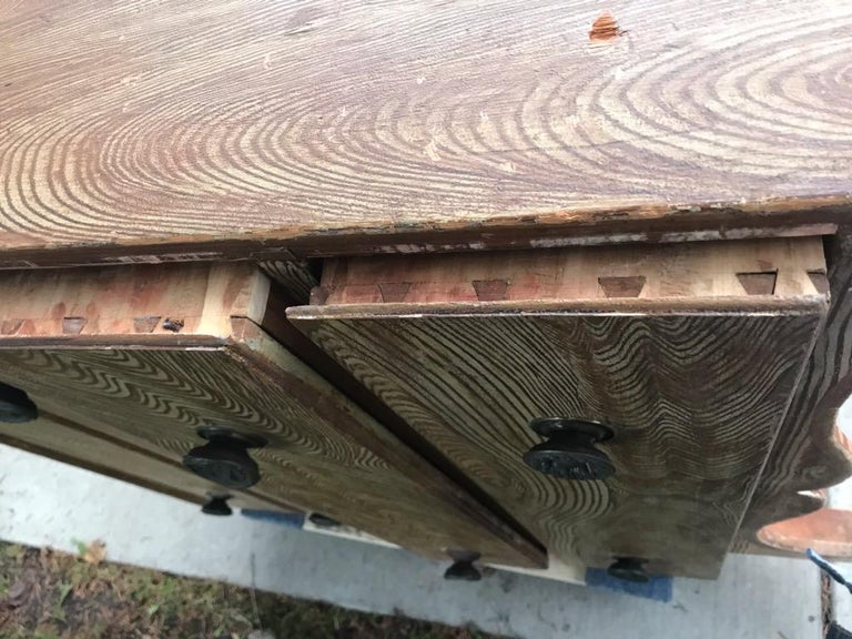 19th Century Blanket Chest in Original Comb Painted Surface For Sale 2