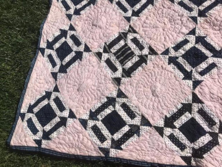 Country 19th Century Blue & White Arrow Pattern Quilt with Red Stripe Back Round For Sale